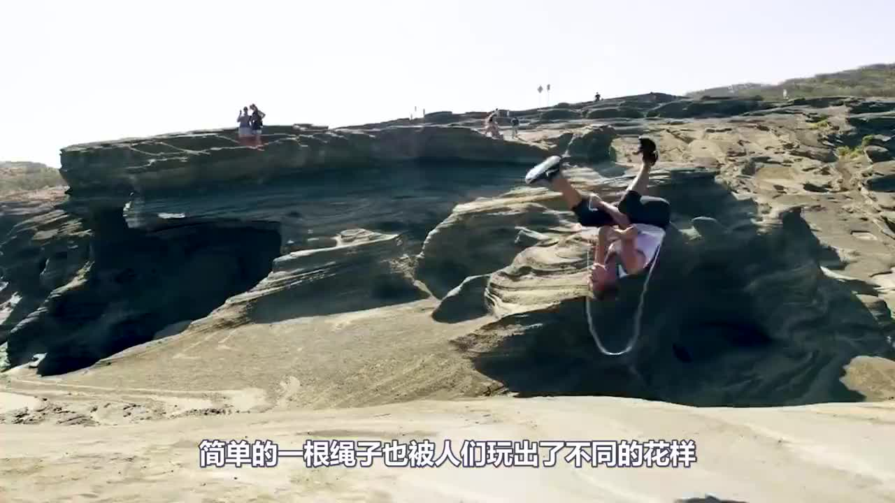 中国学生跳绳视频火了!外国媒体直接看愣,不是亲眼看到谁会相信