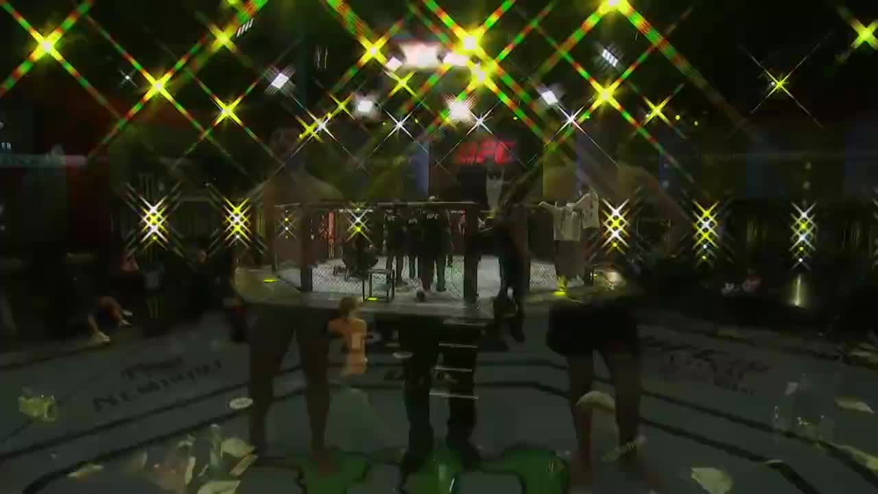 UFC拉斯维加斯4:有爱情加成,佩里一致判定战胜高尔