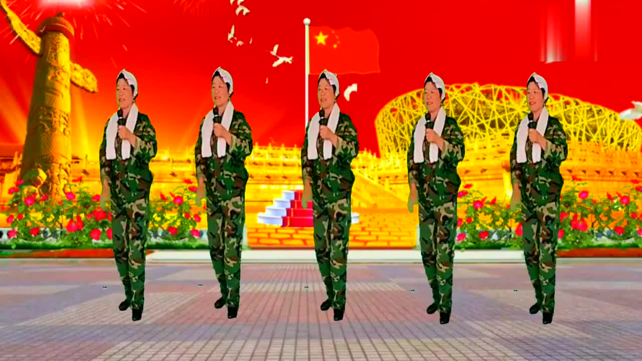 广场经典老歌《秋收起义歌》发扬老前辈的革命精神,永远跟党走
