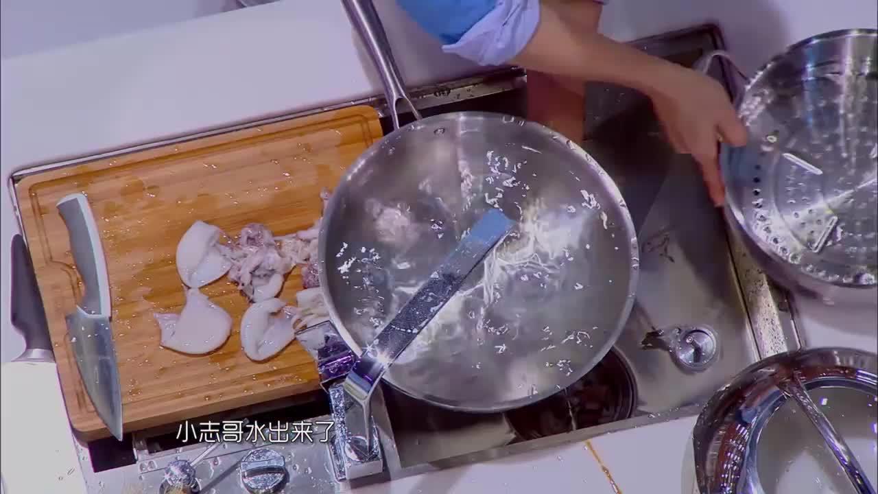 林志颖洗葱,遭马苏吐槽:像在洗头,这是要改行了吗!