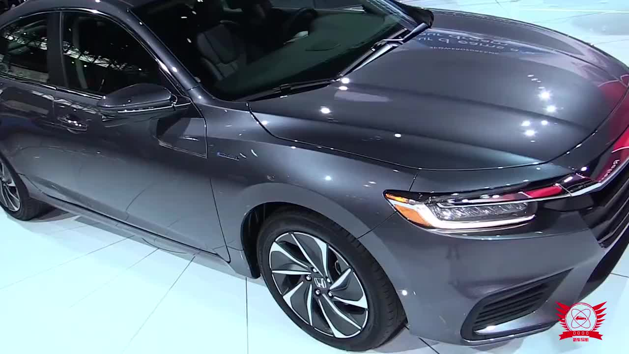 视频:本田神车下凡!新车颜值吊打凯美瑞,标配第三代混合动力要啥迈腾