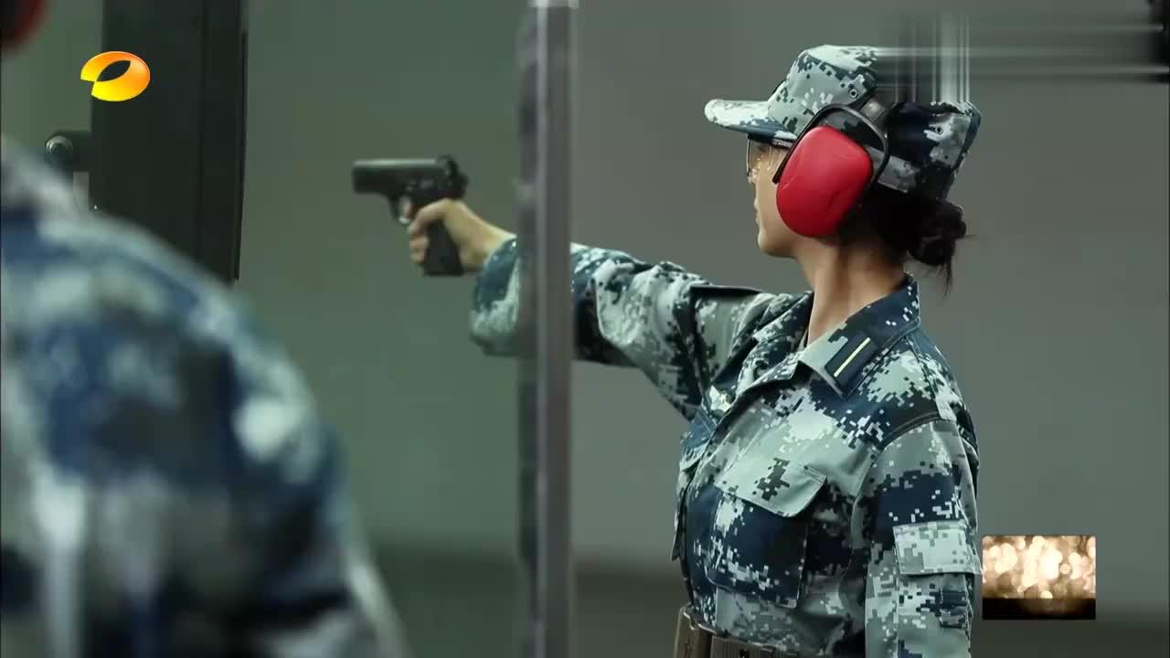 真正男子汉:沈梦辰以53环的成绩,惜败黄子韬,成全营女兵之光