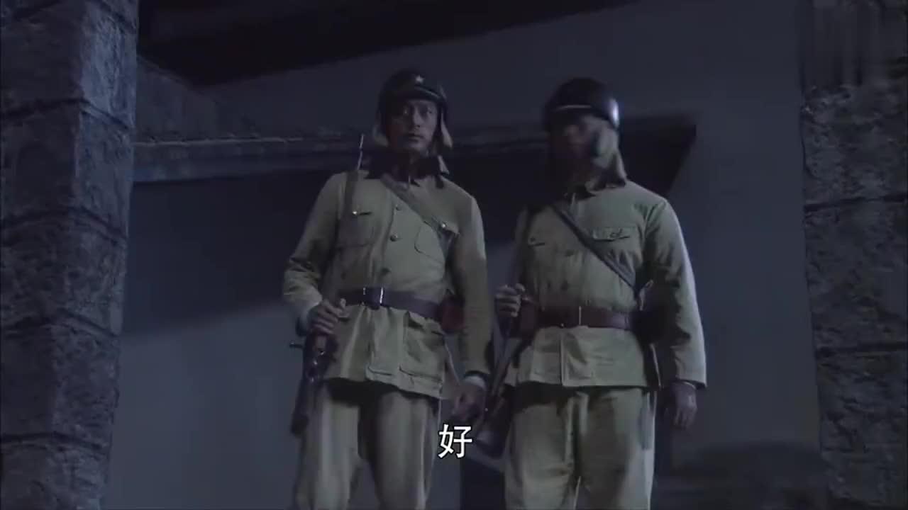 八路军奇袭日军大本营,杀光鬼子部队,特工暴露盖世腿法踢死少佐