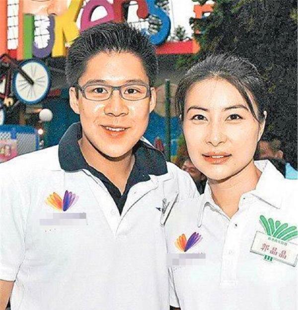 39岁豪门儿媳郭晶晶,被婆婆禁止生4胎,理由让人意想不到!