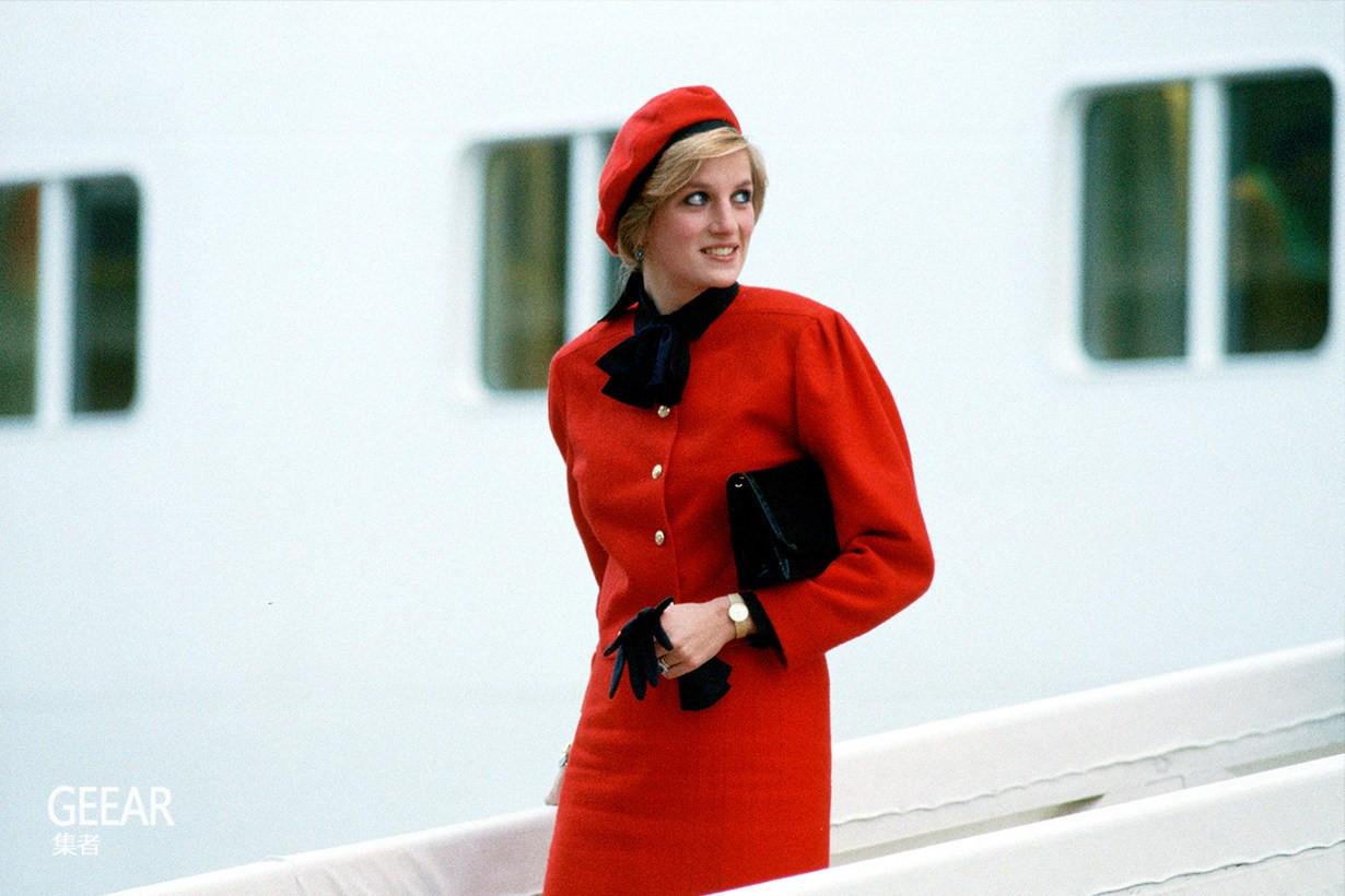 戴安娜王妃为何不愿穿Chanel,原因竟于不幸的婚姻有关!