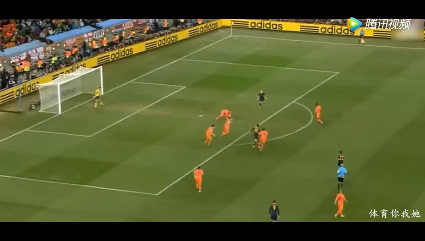 世界杯冠军被当年的亚军复仇,西班牙输5个巴西吞7蛋