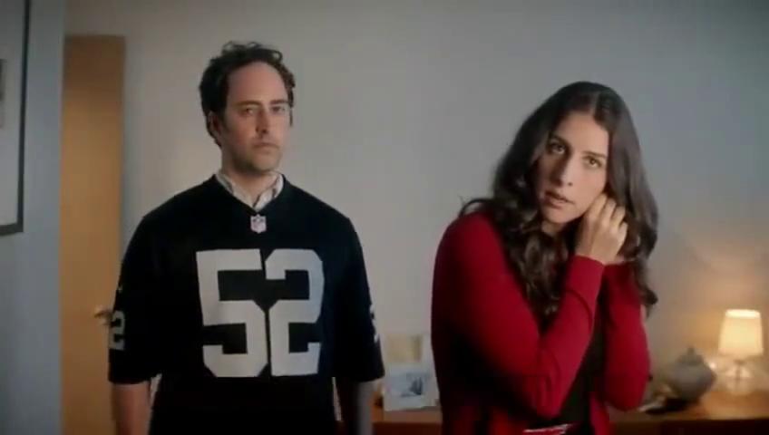 发现男友跟家人穿的球衣不一样怎么办?这球衣广告厉害了