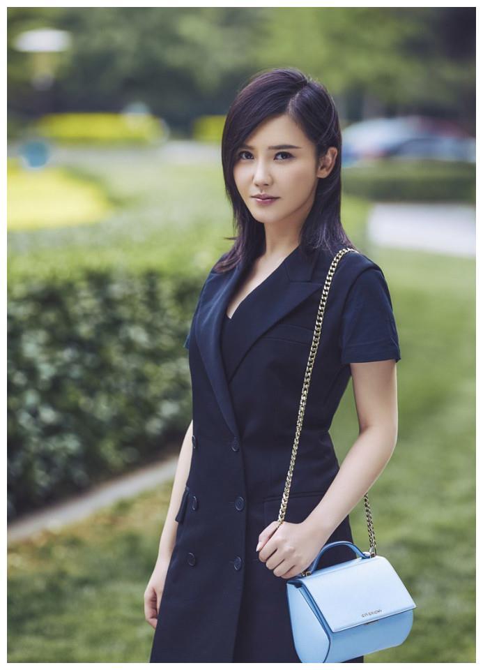 南京女演员杨子姗,气质清纯,外表靓丽