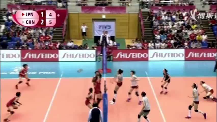 一招鲜!日本混血新星宫部蓝梨火力全开,中国女排防守有些吃力
