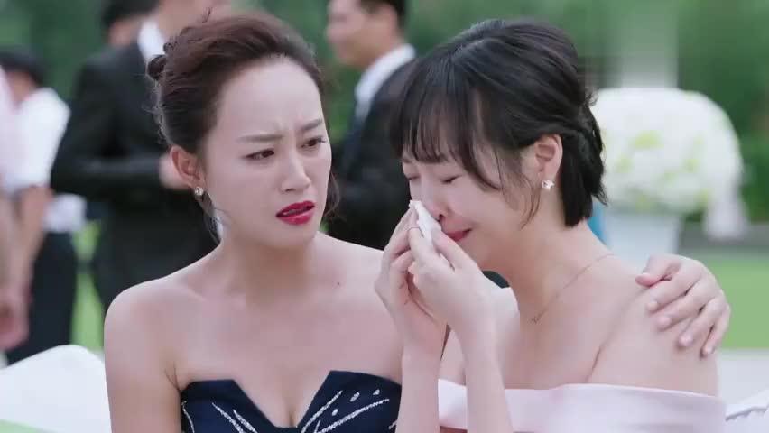 外科风云楚医生在婚礼上哭个不停,新娘吐槽:胸外科好多奇葩!