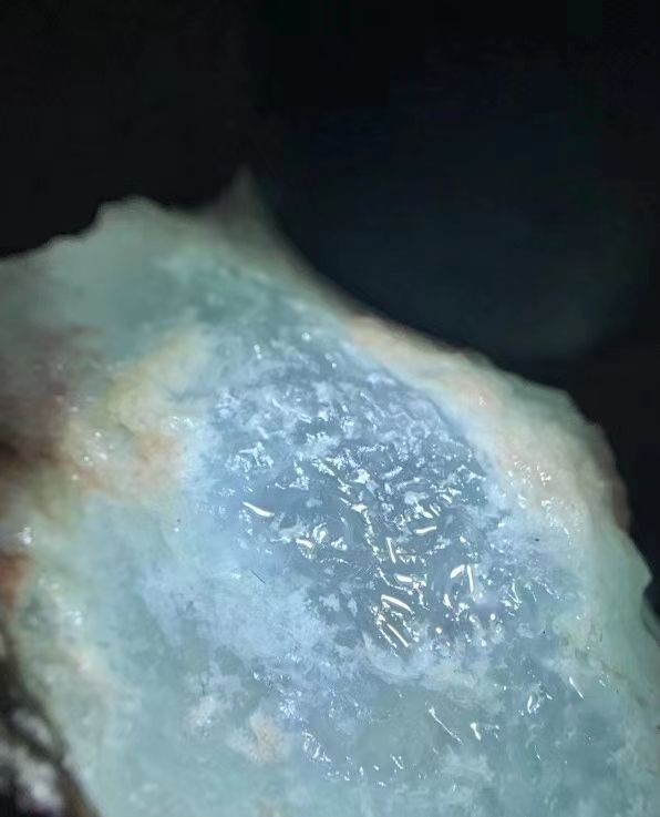 翡翠原石,莫西沙冰晴牌子料,起货效果好,高品质,实物更美