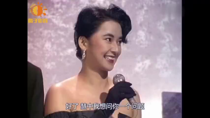 霸王花胡慧中出席颁奖礼罕见展现小女人气质果然风情万种