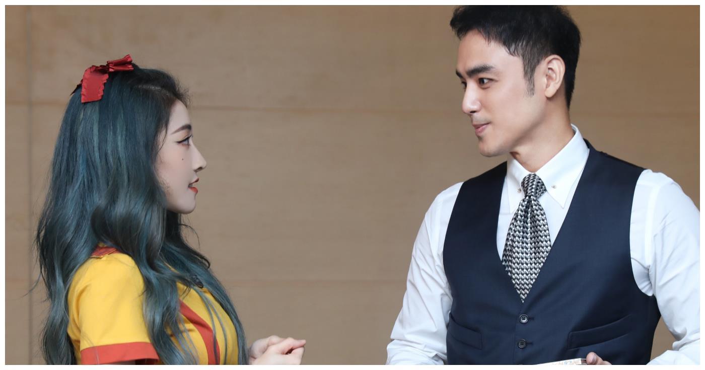 THE9团综,喻言遇见明道变娇羞少女,看清王耀庆的反应太好笑