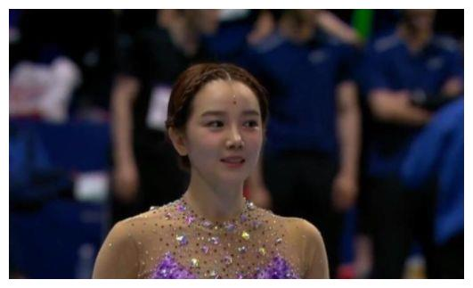 陈小纭穿体操服表演,无滤镜下都迷人!这腿:确定真实存在?