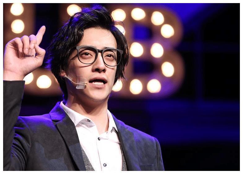 郑云龙热爱音乐剧,演技很好,感情、眼神真的非常到位