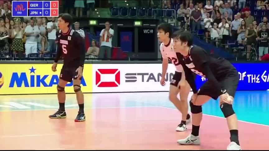 以小欺大,日本男排靠速度和弹跳争的自己一席之地