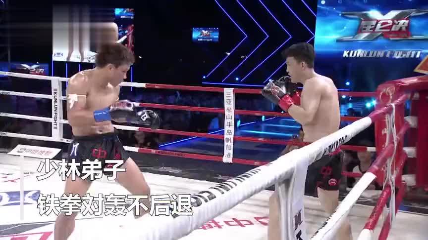 泰拳王顶头挑衅,少林弟子铁拳打的鼻青脸肿教做人