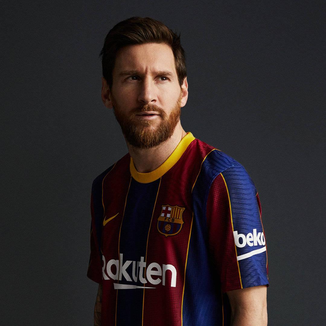 巴塞罗那足球俱乐部官方发布2020到2021赛季新球衣的定妆照