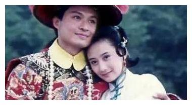 1993年的《梅花烙》,认得出金铭和王艳,认不出陈建斌和王学兵