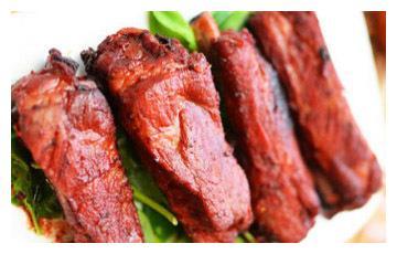 美食推荐:京酱烧排骨、金沙焗百合、梅干菜烤仔排制作方法