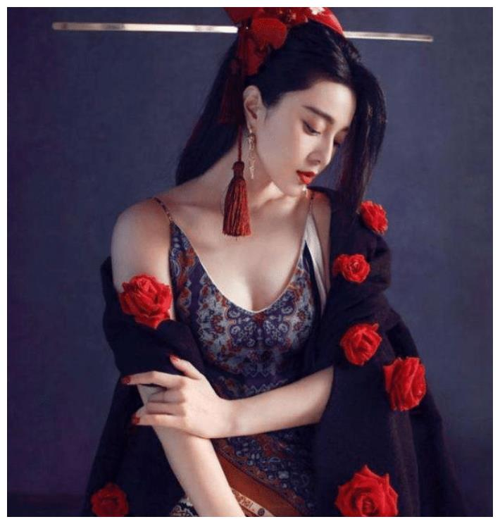 范冰冰在越南高调复出,杂志封面堪比大片,被网友捧成全球时尚