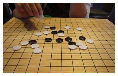 五子棋:集东方神秘感与西方直观感于一体的棋文化魅力