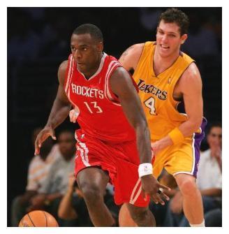 斯奈德谁还记得?从NBA来到CBA成为得分王,却在我国入室行窃