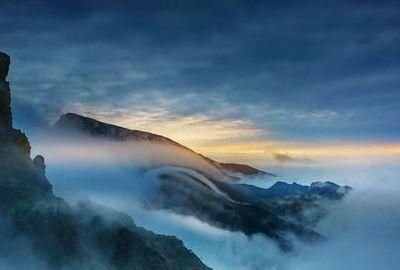 神奇的梵净山,是贵州东部的第一高山!