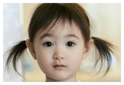 奥莉晒出九岁生日照,超漂亮,不愧是大家喜欢的小女神
