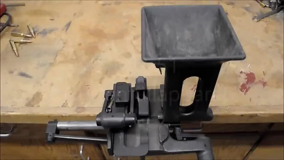 弹药是如何一颗一颗串联起来的?原来它都是靠的这个装弹机!
