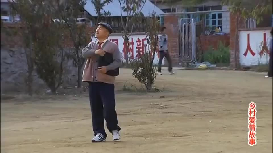 刘能当上村主任后想记账,谢大脚不让