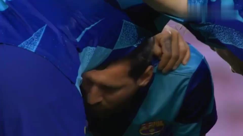 球王归来!梅西1V5倒地神进球+造点,巴萨晋级欧冠8强