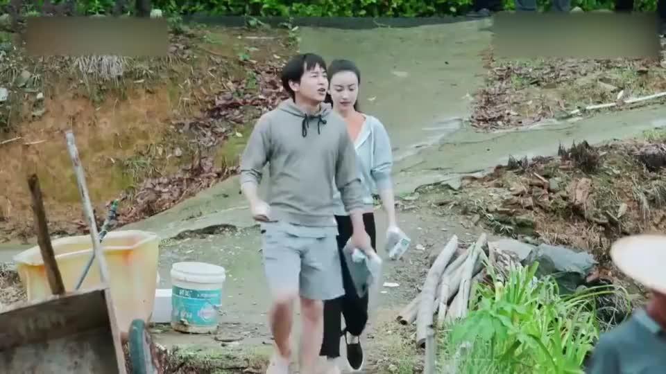 黄渤王迅钓鱼上瘾,倪妮坐船来观光,却遭两人嫌弃?