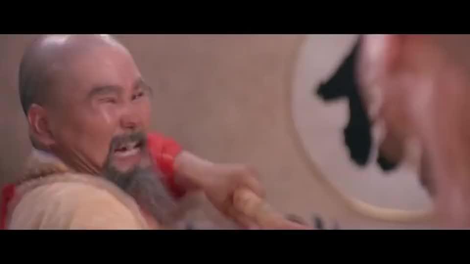刘家辉跟方丈过招不虚,少林三十五房的武功,已被他练得差不多