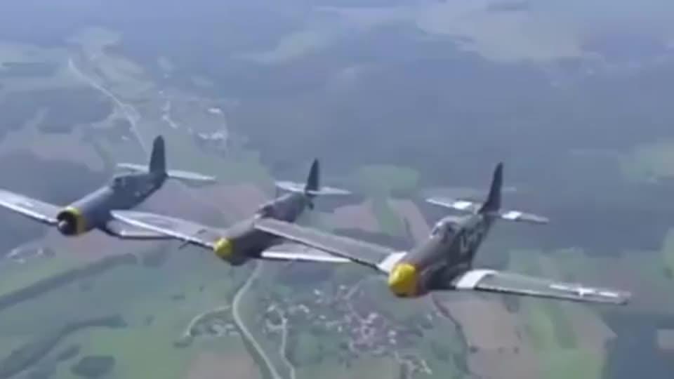 P-40战鹰,P-51野马和F4U海盗(超低空飞行)!气派到底啊