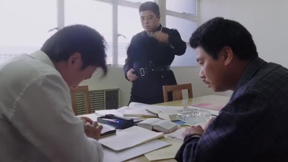 星爷数学题求助长官,长官:那不全传出去我不会写了,给点面子嘛