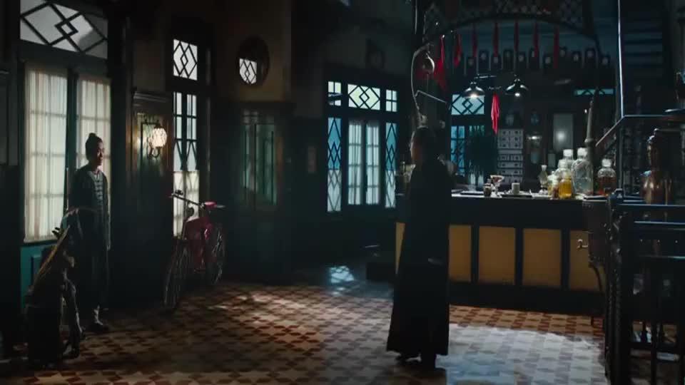 道士下山:林志玲看电影回来了,跟范伟兄弟一块去的