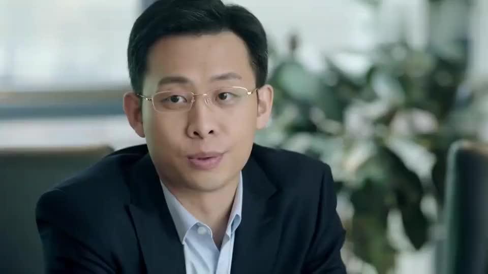 鸡毛飞上天:陈江河开董事会,儿子不被重视,干女儿惊艳全场