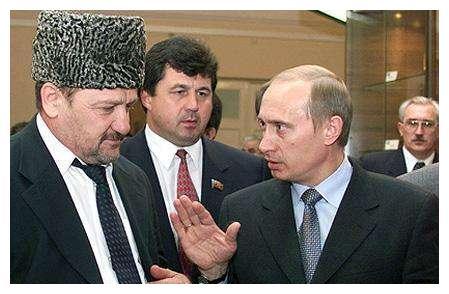 20年前车臣跟俄罗斯势不两立,如今的总统却成普京死忠,这是为何