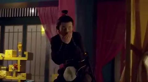皇后在宫里吃麻辣鸭脖,还顺带给人相亲!