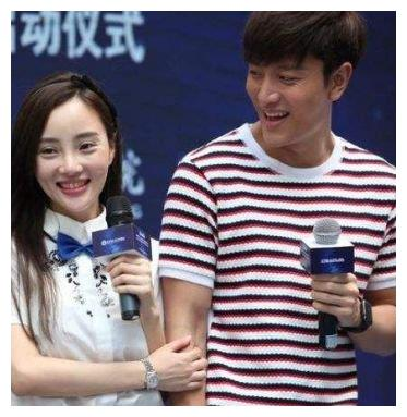 贾乃亮承认为女儿甜馨不愿离婚,8年感情难忘记,亮亮太痴情