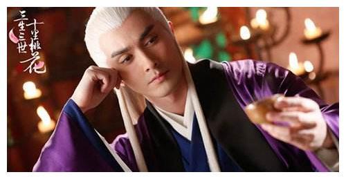 东华帝君和白凤九谁的血脉更强大?看两人生的儿子发色就知道了