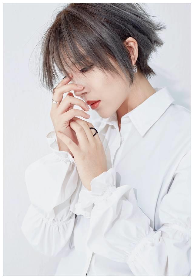 Kiki郑兴琦新歌《云上的风筝》上线 以爱之名温柔唱叙别离