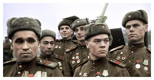 """苏军精锐的""""基辅荣誉师""""全军覆没"""