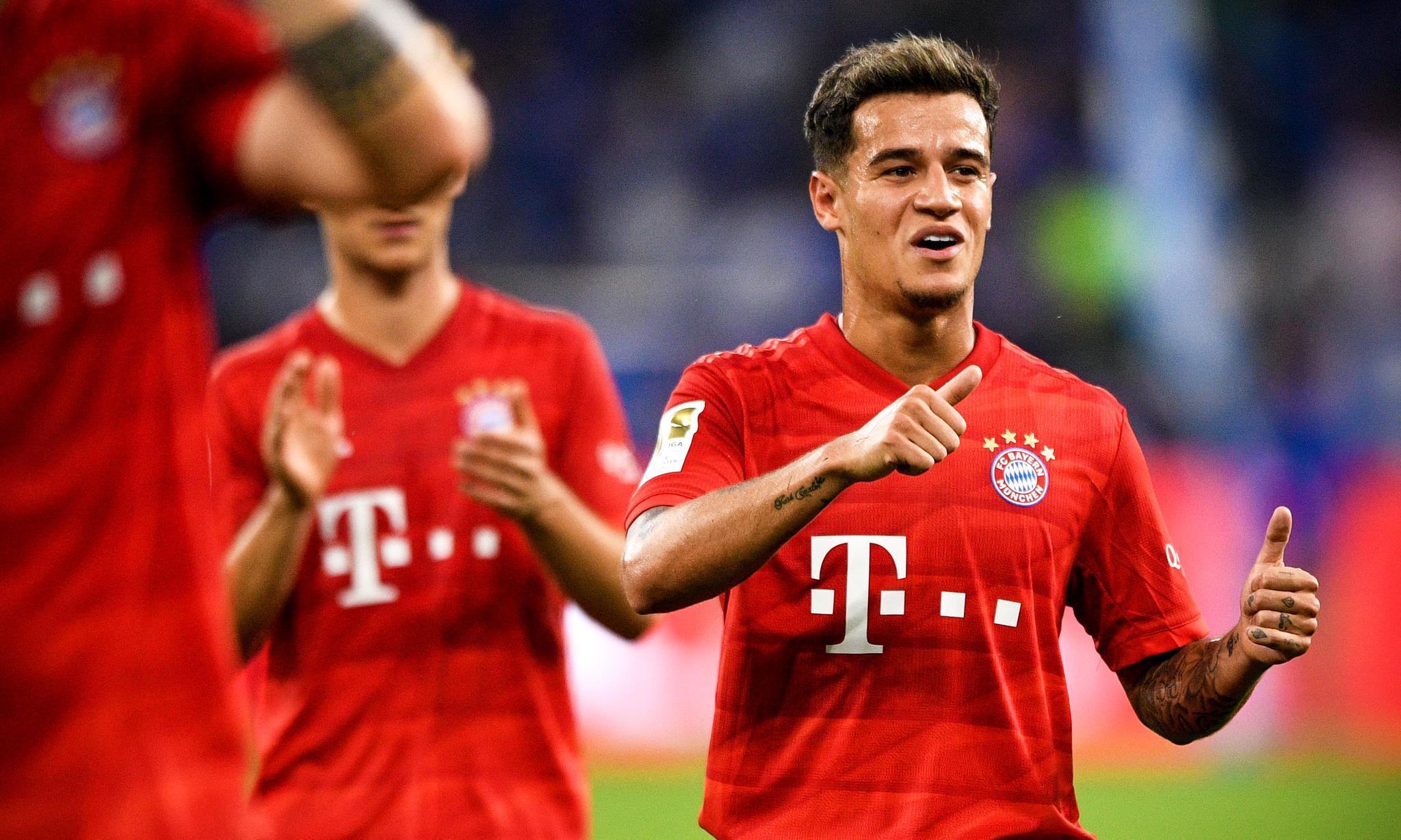 足球——德甲联赛:沙尔克04不敌拜仁慕尼黑