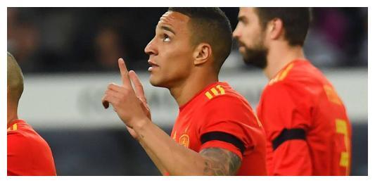西班牙队在清晨的欧国联竞赛中主场1-0战胜了实力不俗的瑞士队