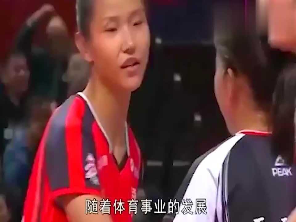 """世界排坛""""新女神"""":素颜超惠若琪、身材超潘晓婷!"""