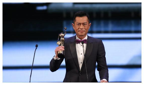 香港从未获得过金像奖影帝的实力派演员,最后一位被称为歌神