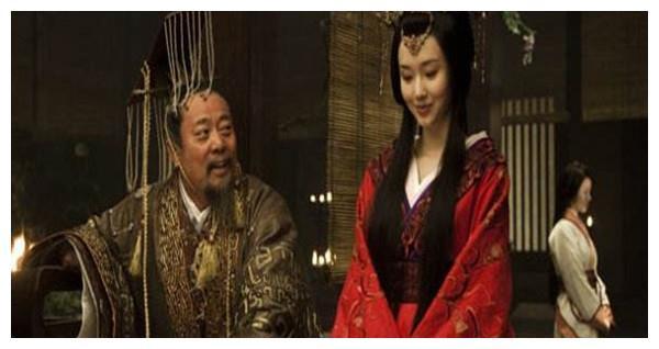 陈胜、吴广是地方豪强或者是由爵位的人?反正不是贫苦农民
