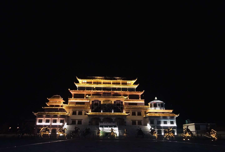 西藏历史文化 色达喇荣五明佛学院